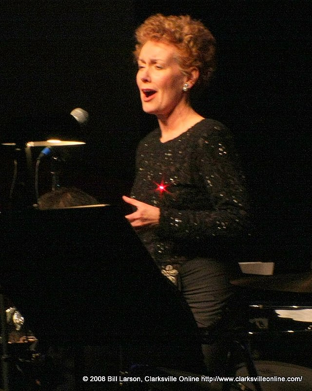 Sharon Mabry, mezzo-soprano