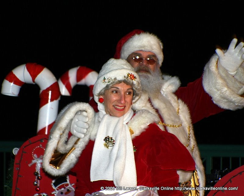 Santa and Mrs Claus arrive to greet the children.