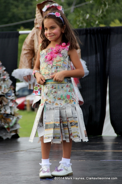 Clarksville S Riverfest Recycled Fashion Show Was Held