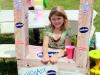 Yuriko Wofford selling lemonade to help the homeless.