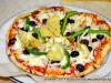 Silke\'s green peppers, artichoke hearts, black olives and red onion