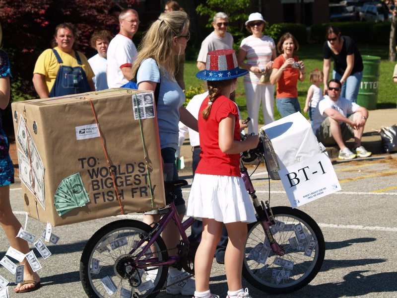 At the worlds biggest fish fry captn there be catfish races express delivery to the worlds biggest fish fry publicscrutiny Images