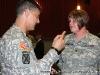 Gen. Townsend talks \'med shop\' with Spec. Thompson