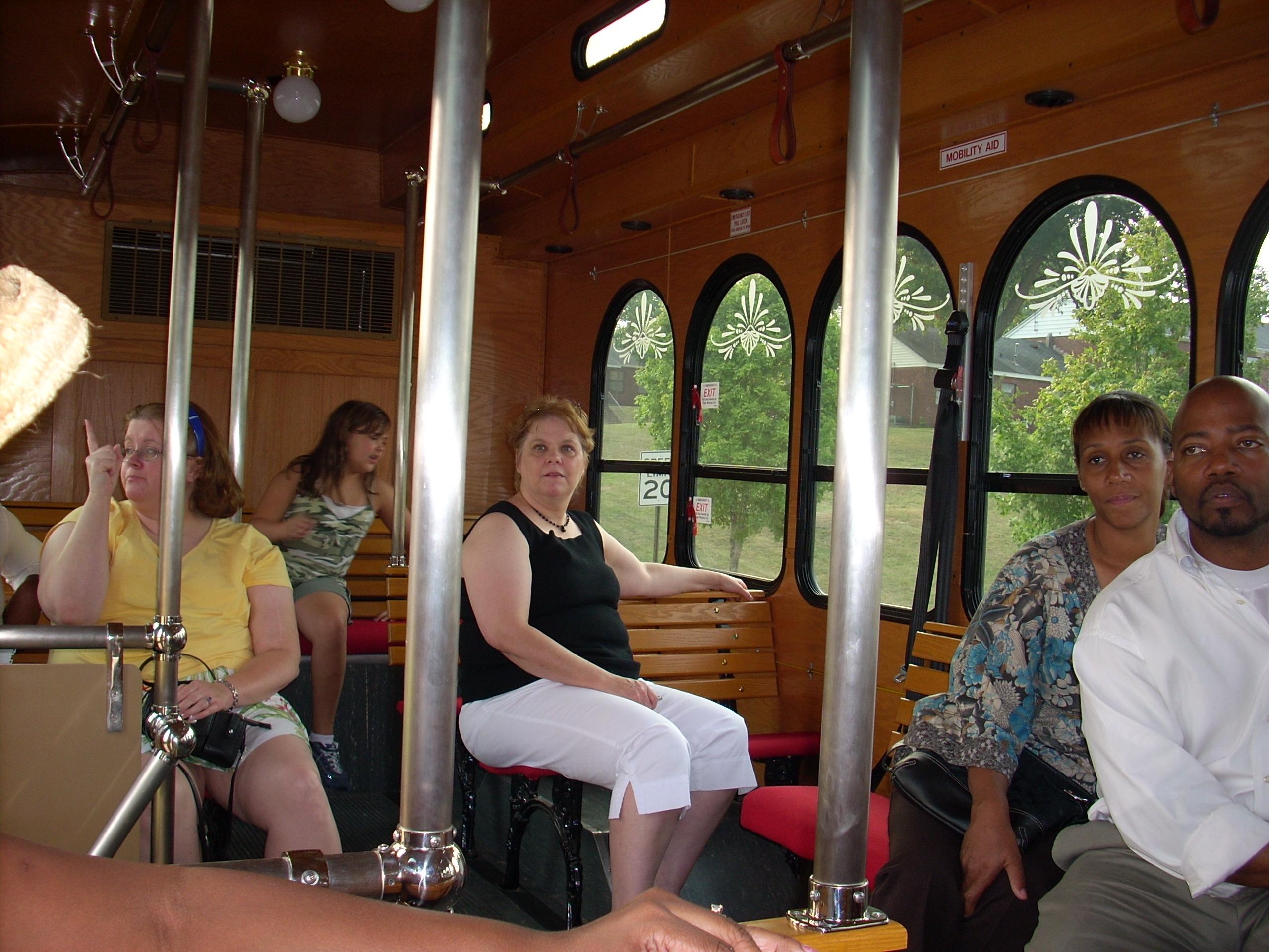 trolley-tour5.JPG