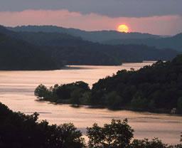 co-cumberland-river.jpg
