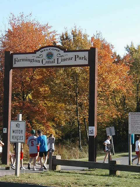 co-farmington-rail-trail-in-hampden-ct.jpg