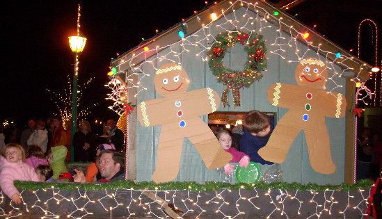 parade-gingerbread-house.JPG