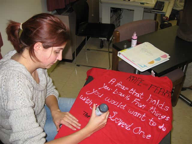 Amanda Dunbar making tee shirt for clothesline project