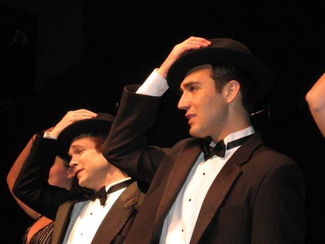 sinatra-singers-w-hats.jpg