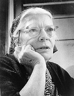 the life and contributions of dorothy day Peter maurin (french:  may 9, 1877 - may 15, 1949) was a french catholic social activist, theologian, and de la salle brother who founded the catholic worker movement in 1933 with dorothy day maurin expressed his philosophy through short pieces of verse that became known as easy essays.