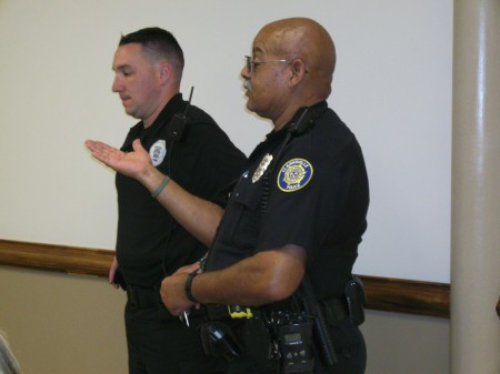 CPD Officer Daley talks to residents at 4-29th town hall meeting