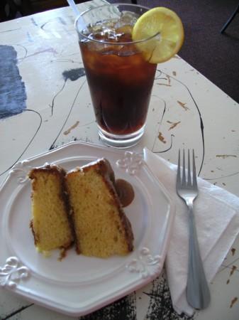 Caramel Cake, Iced Tea @ Johnnie Mae\'s Soul Food
