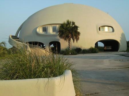 Geodesic Beach Home