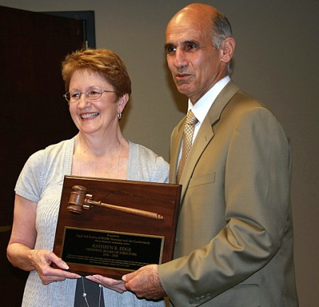 Susan Edge, outgoing president of Legal Aid Society Board of Directors receives Commenation Award from Gary Housepain, Executive Director of Mid-TN & Cumberlands Legal Aid Society