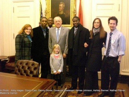 College Students with Gov. Bredesen