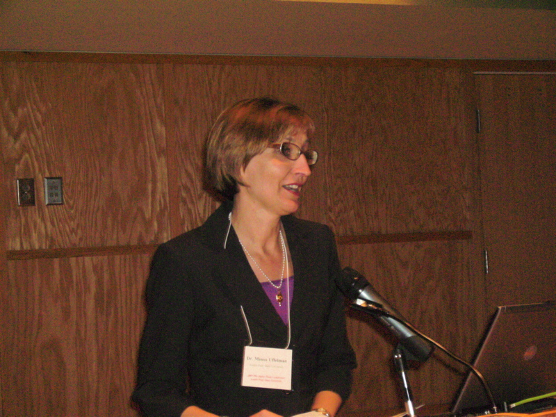 Dr. Minoa Uffelman introduces Dr. Ted Ownby, the keynote speaker
