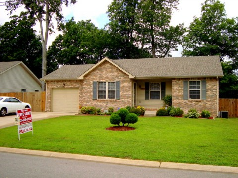 A house for sale in Clarksville, TN by Crye-Leike reality