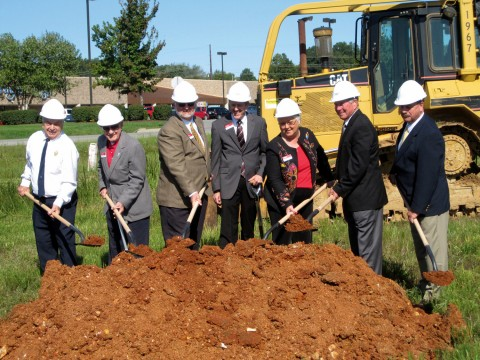 Stewart Ramsey, President/CEO and several members of the Board of Directors of Fort Campbell Federal Credit Union break ground on the newest branch for the Credit Union.