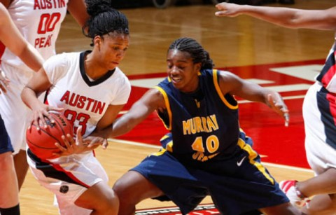 Junior Ashley Herring led the Lady Govs with 19 points in the win against Murray State, Saturday afternoon. (Robert Smith/The Leaf-Chronicle)