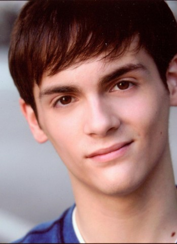 Aaron Riesebeck as Troy