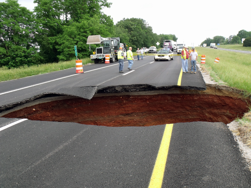 Large sinkhole closes i 24 in grundy county clarksville tn online the sinkhole that closed i 24 between mile marker 127 and exit 127 in the eastbound lane publicscrutiny Image collections