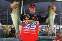 Day 2 Leader Kevin VanDam of Kalamazoo, MI. with a 2 day total of 49lb2oz.(BASS Communicaitons/Seigo Saito)