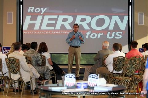 Roy Herron addressing the crowd at F&M Bank on Friday