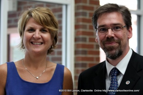 Linda Barnes with  APSU Provost Dr. Tristan Denley at the opening of the Honors Commons