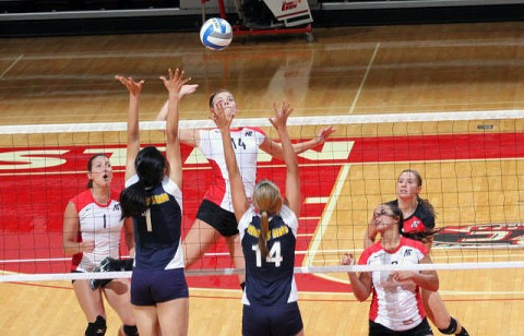 Senior Jessica Mollman recorded 10 kills in the Lady Govs sweep of UT Martin, Saturday. (Courtesy: Austin Peay Sports Information)