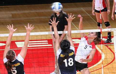 Sophomore Nikki Doyle led the Lady Govs with 14 kills at Tennessee Tech, Friday night. (Courtesy: Austin Peay Sports Information)
