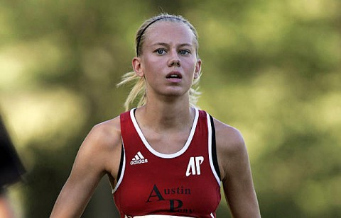 Junior Alyssa Molnar finished fifth among Lady Govs runners at the Greater Louisville Cross Country Classic, Saturday. (Courtesy: Keith Dorris/Dorris Photography)