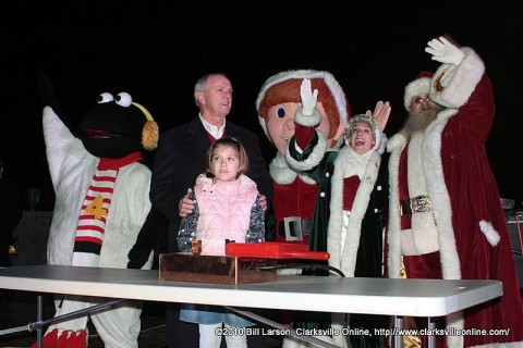 The Lighting of the 2010 Christmas on the Cumberland
