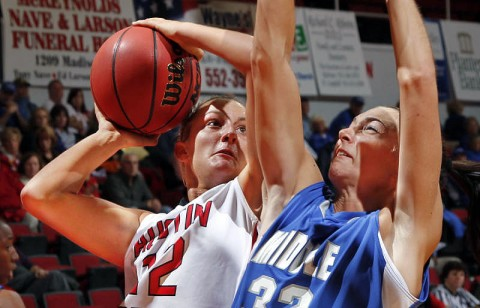 Junior Whitney Hanley led the Lady Govs with 19 points and nine rebounds in their loss at Chattanooga, Tuesday. (Courtesy: Robert Smith/The Leaf-Chronicle)