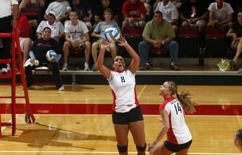 Senior Sarah Alisaleh (No. 8) had three kills, four service aces and 42 assists in Friday victory at Eastern Illinois. (Courtesy: Robert Smith/The Leaf-Chronicle)