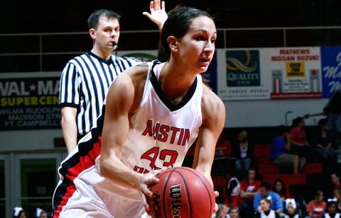 Lady Govs Basketball. (Courtesy: Keith Dorris/Dorris Photography)