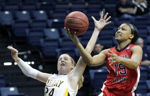 Playing in her second collegiate contest, freshman Shyra Brown scored 14 points and grabbed six rebounds in APSU's victory at Murray State, Saturday. (Courtesy: Robert Smith/The Leaf-Chronicle)