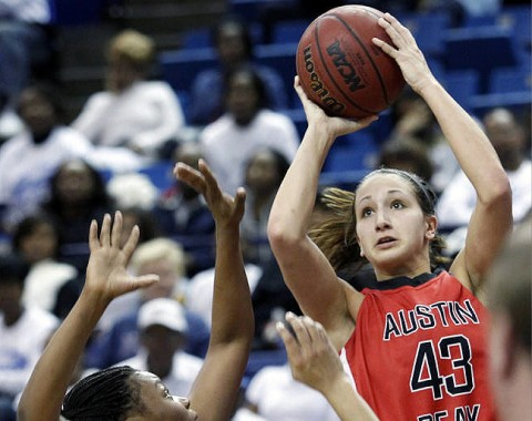 Sophomore Meghan Bussabarger recorded her season's first double-double (12 pts, 10 reb) in the Lady Govs victory at Tennessee State, Saturday. (Courtesy: Robert Smith/The Leaf-Chronicle)