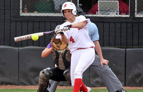 Senior Tiffany Smith hit first home run of the season in loss to Belmont. (Photo by Keith Dorris/Dorris Photography)