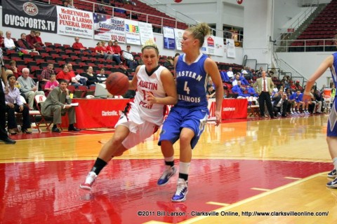 Whitney Hanley drives up court against the Eastern Illinois defense