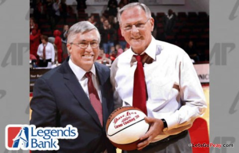 Legends Bank Halftime Scholarship Shootout. (Robert Smith/The Leaf-Chronicle)