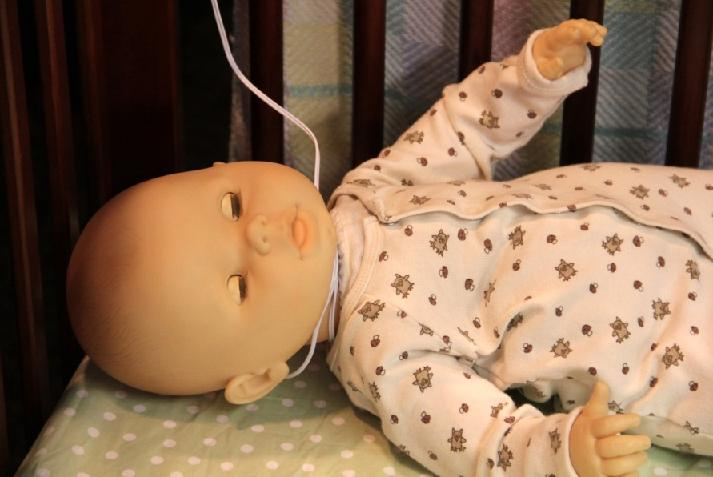 two strangulation deaths prompt summer infant to recall video baby monitors with cords. Black Bedroom Furniture Sets. Home Design Ideas