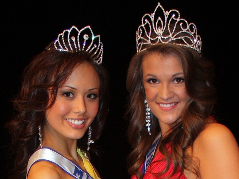 Miss River Queen 2011 Giselle Fontenot (right) and Miss River Teen 2011 Sarah Gross (left).