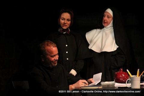 Father Flynn (Tom Thayer), Sister James (Kendall Anne Thompson), and Sister Aloysius (Leslie Greene)