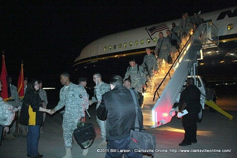 Soldiers of the 101st Combat Aviation Brigade return home to Fort Campbell on Saturday evening