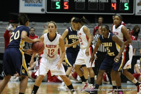 Lady Govs defeat Murray State to advance to the Quarter Finals of the Ohio Valley Conference Women's Basketball Championship.
