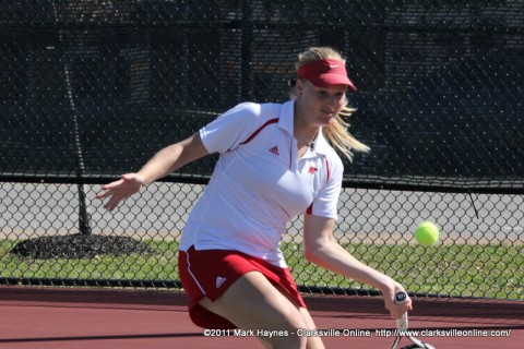 Carolin Weikard won a three-set match to clinch a 4-3 win for Austin Peay State University women's tennis team.