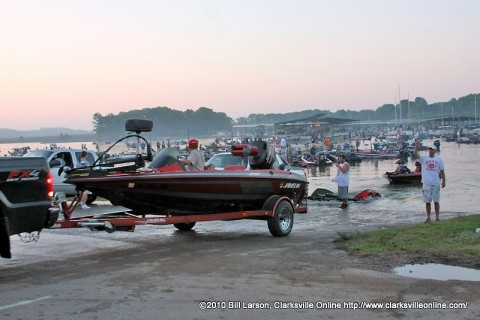 Boats putting in at last year's APSU Governors Bass Tournament.