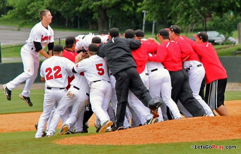 The Governors celebrate capturing the 2011 OVC regular-season title with a 7-5 victory against Southeast Missouri, Sunday. (Austin Peay Sports Information)