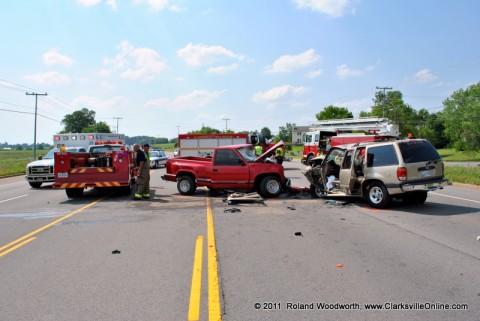 Accident on Tiny Town Road near Tara Blvd.