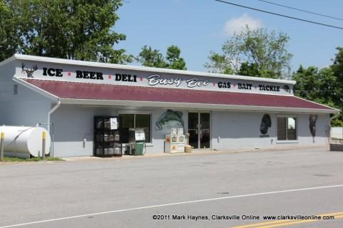 Busy Bee Market in Cumberland City, TN.